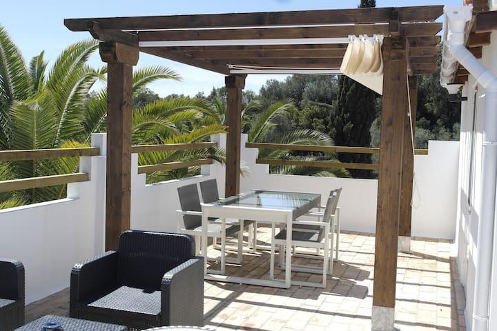 Casa da Fuzeta-Belle suite dans villa avec piscine