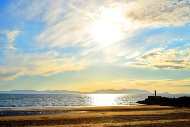Stunning Seafront Apartment - Ayr - Appartement