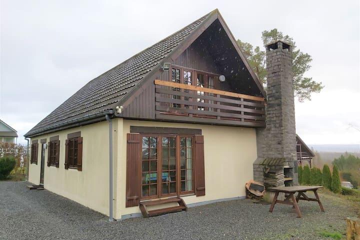 Maison de vacances tout confort à Durbuy avec superbe vue panoramique