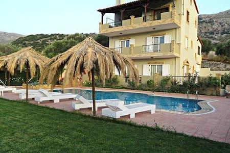 Annlexander Villa APARTMENT 03 with swimming pool - Rethymno - Wohnung