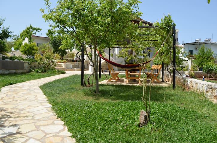 Ksamil Villa With Garden - 62