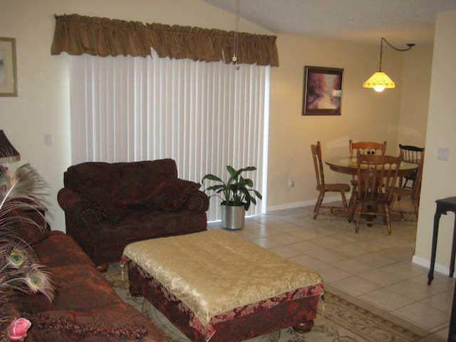 Coral Reef 36B - Palm Coast - Flat