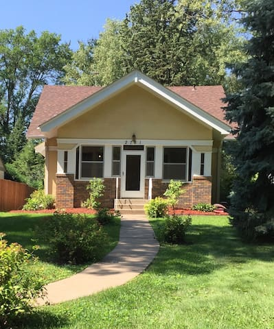 Entire lake home superclean, work& family-friendly
