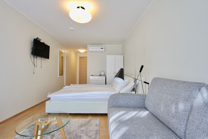Comfortable apartment near the beach.