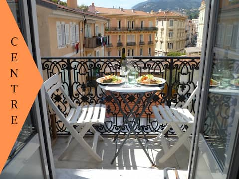 Apartment in the heart of Menton near the beaches