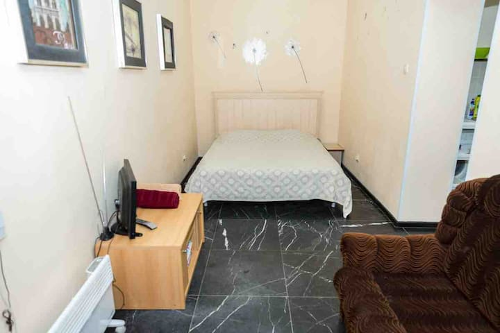 Квартира с отдельным входом и видом на море.