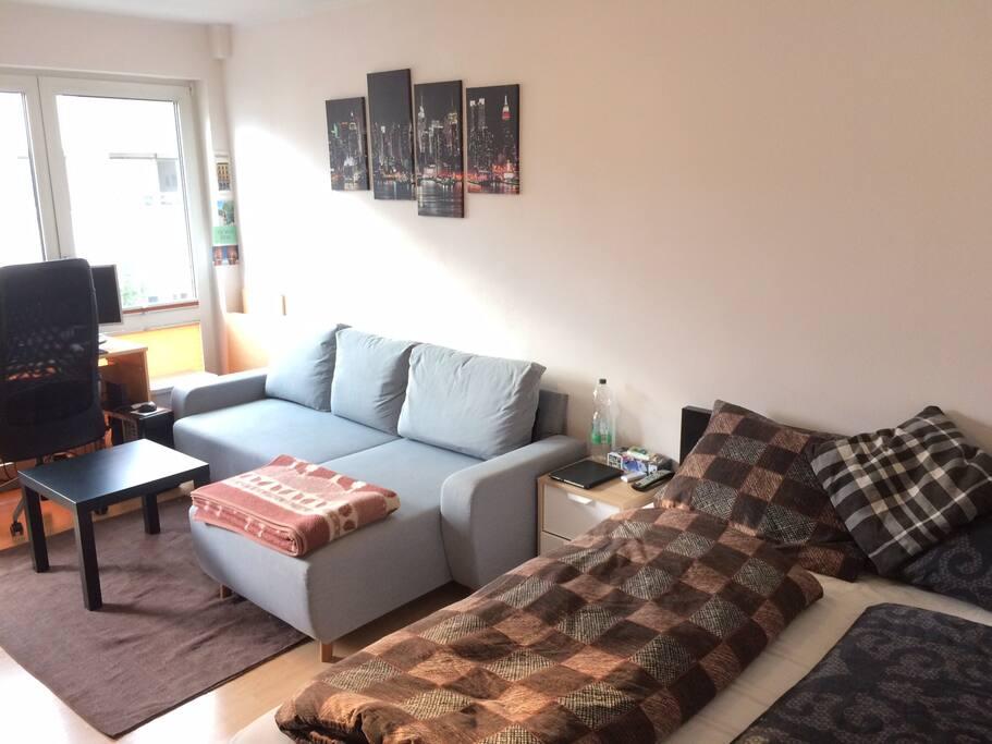 Bett und Couch