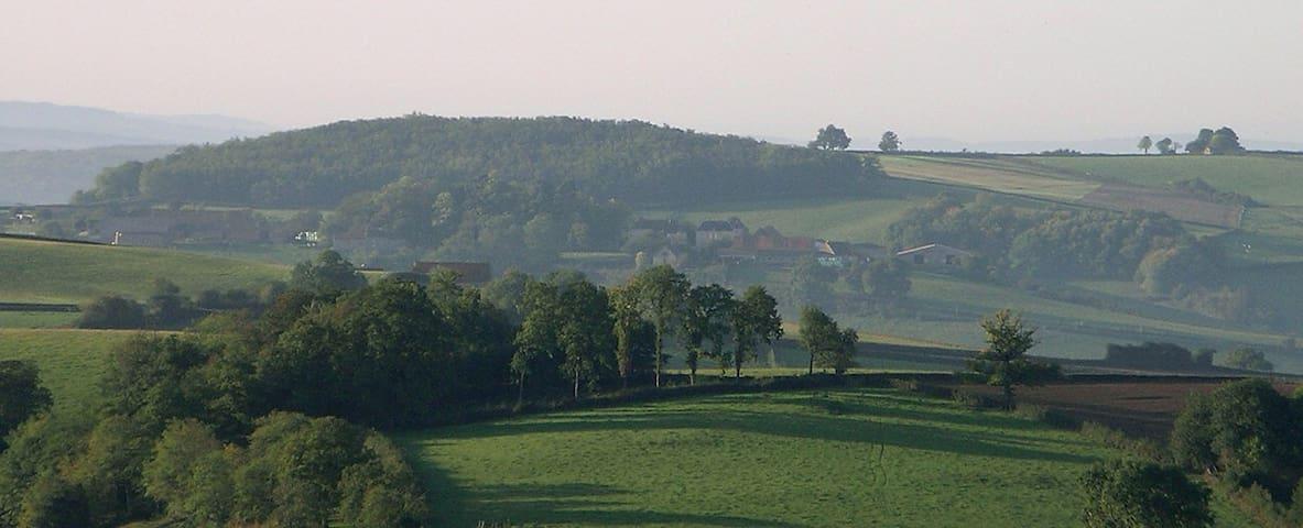 château de  1900 dans la campagne - Saint-Romain-sous-Gourdon - Kasteel