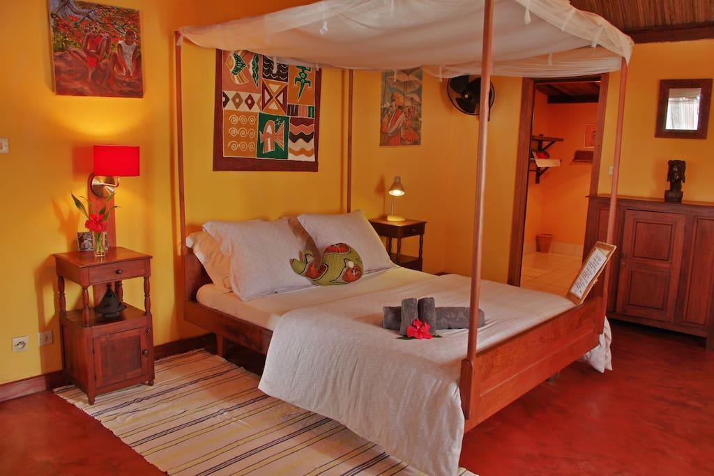 Les villas de vohilava maisons louer vohilava for Chambre a coucher entiere