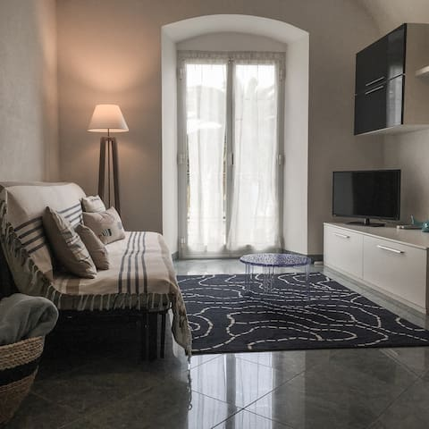 cozy apartment in the square - Finale Ligure - Lägenhet