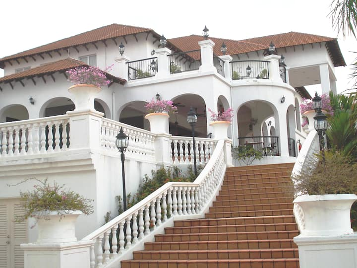 Spanish Villa Condominium Seremban