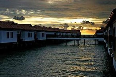 Romantic View Water Chalet - Port Dickson - Faház
