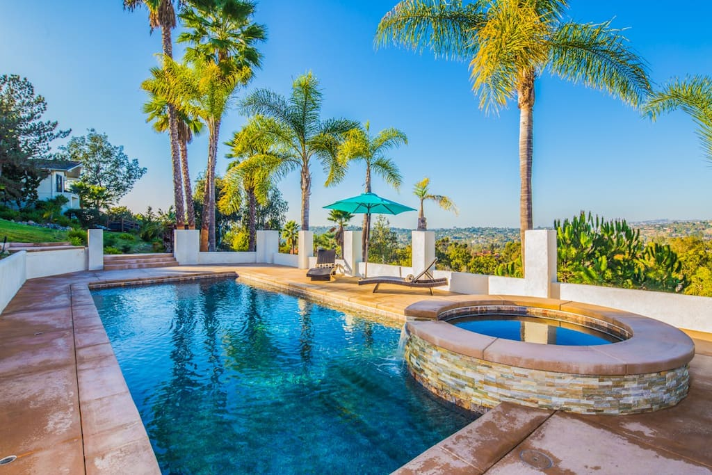 Beautiful New Salt Water Pool and Spa