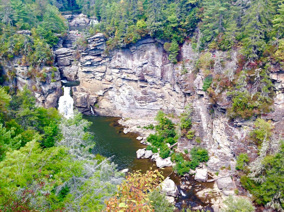 Linville Falls National Park (1 mile away)