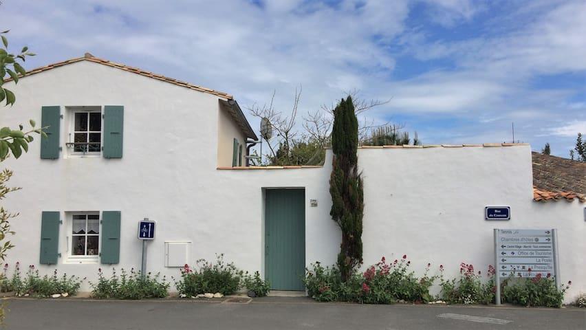 Maison de charme à l'île de Ré (Loix) - Loix - Casa