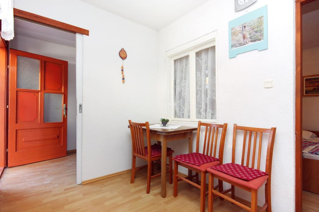 Dining room 1, Surface: 5 m²