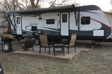 RV Campsite Setting with all the comforts of home!
