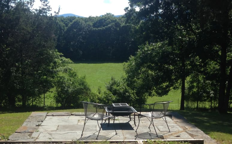 Escape to the country!  $400 for a week