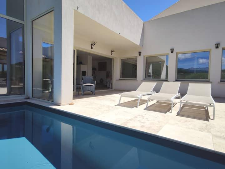 Le Cloître : Rooftop, bord de mer, piscine, plage.