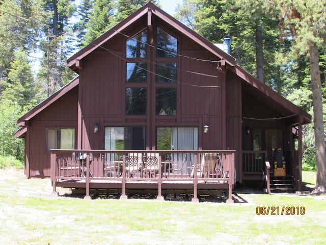 West Shore Lake Tahoe Chalet 3bd/2bth, Sleeps 8