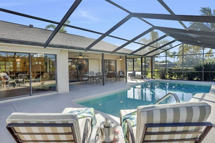 Beautiful 3 bedroom pool home just a short walk to the Gulf and Bonita Beach!