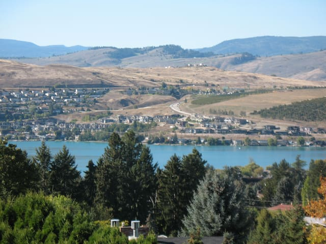 Kalamalka Lake Summit View - Coldstream - Appartement