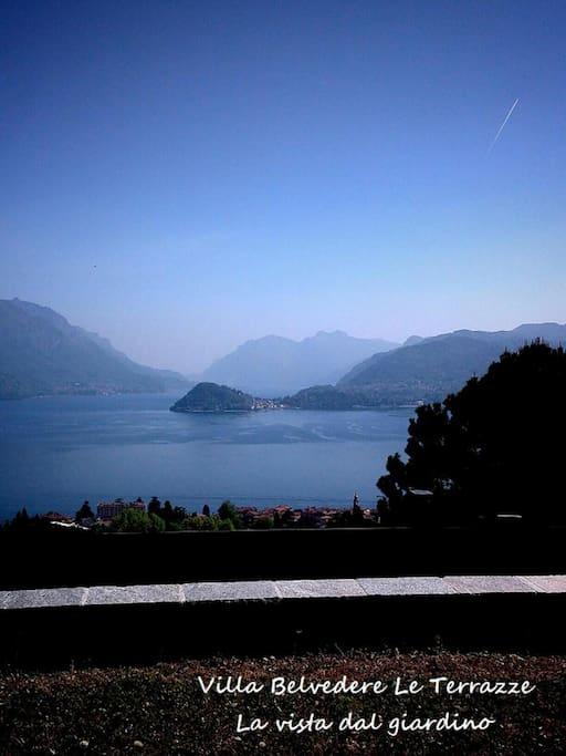 vista lago dal giardino della villa
