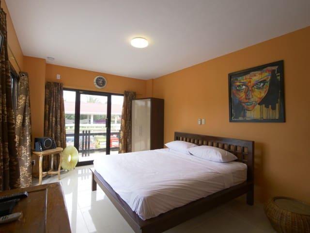 Helmuts Place, Alona Beach ,Panglao, Bohol