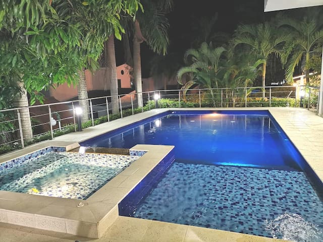 Luxurious place in Melgar