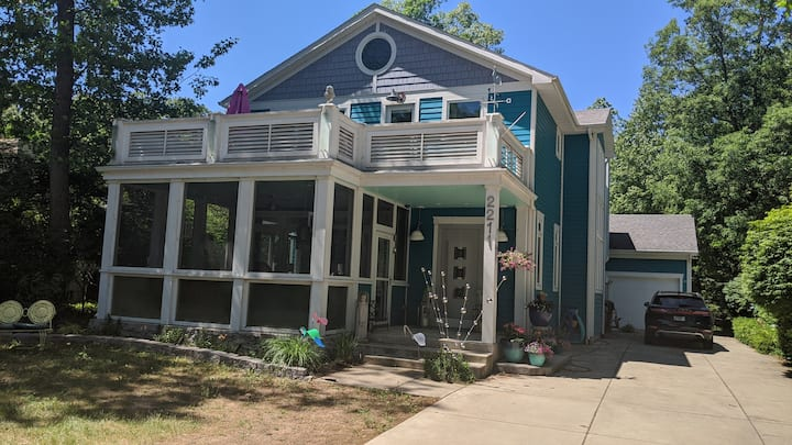 Designer Showcase Home Only 1 Block from Beach!