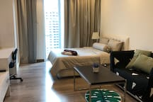 Perfect location walking distance from MRT station