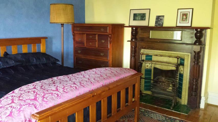 Comfortable, light and spacious, convenient - Kensington - Casa