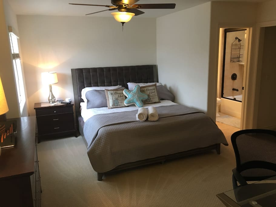 California King bed with private bathroom and walk in closet.  We wash ALL bedding before every guest including the big quilts and decorative pillow cases
