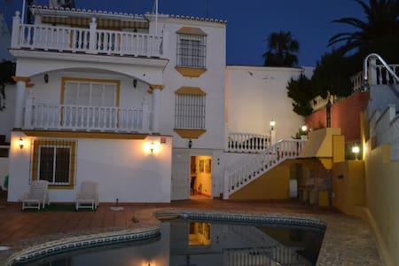Bella Vista - Caleta de Vélez - Chalet