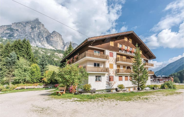 Holiday apartment with 1 bedroom on 35m² in Corvara -BZ-