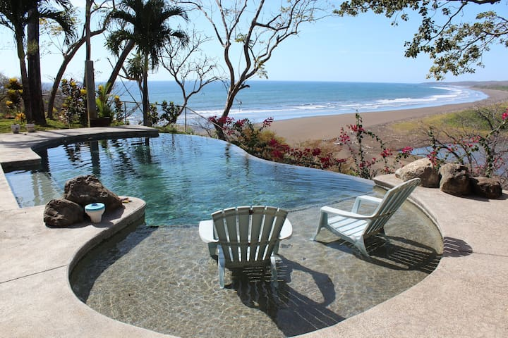 Casa Vista Tranquila, Couples Hideaway, Beach View