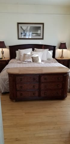 Dreamy King Bed Set!