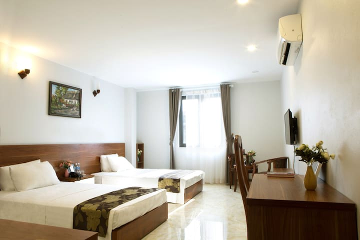 MODERN & SPACIOUS ROOM ✯  BUDGET | HANOI CENTRAL