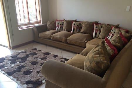 Stunning room in best estate in PTA - Olifantsfontein
