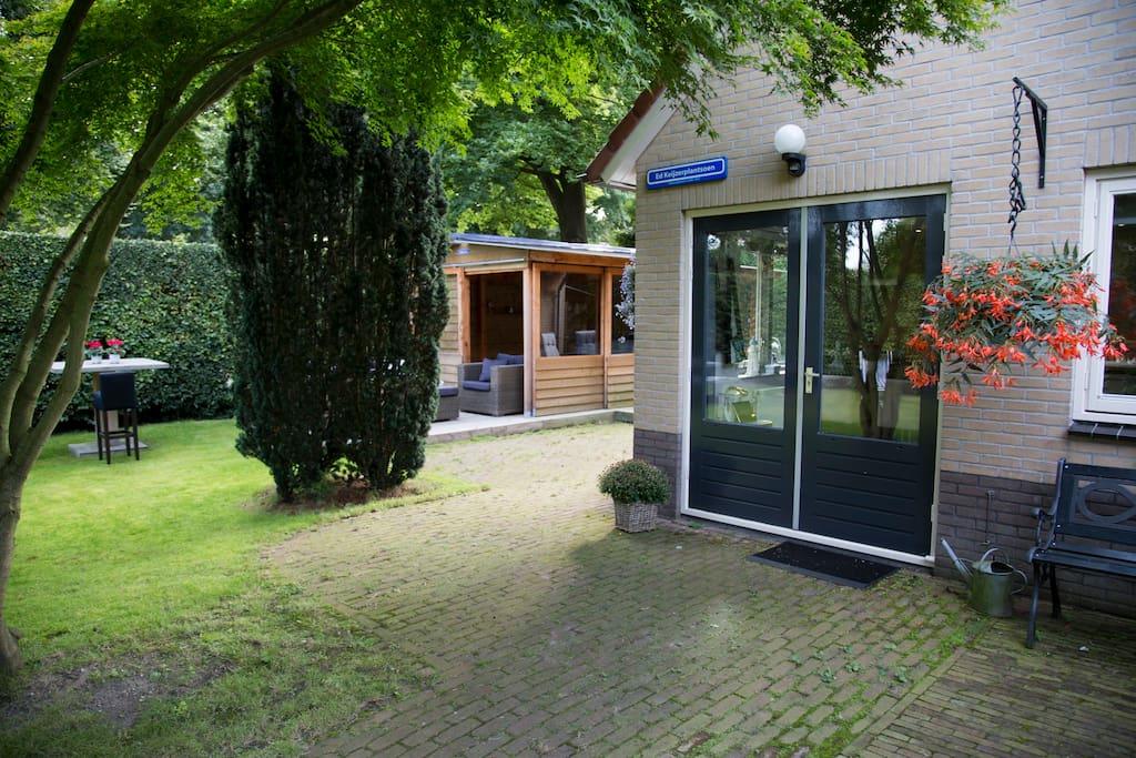 Luxe huis tuin jacuzzi groen in hartje centrum for Huis te huur in gelderland