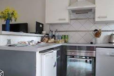 LOUE APPARTEMENT AU CAP D'AGDE 34300 - Apartment