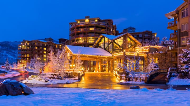 """Deluxe 2 BR Park City Getaway 