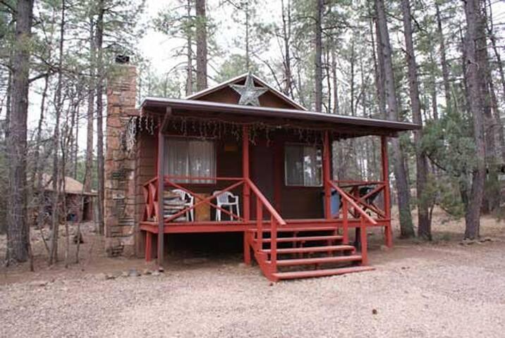 Whispering Pines Resort cabin 4