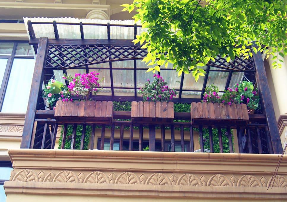 二楼露台外观