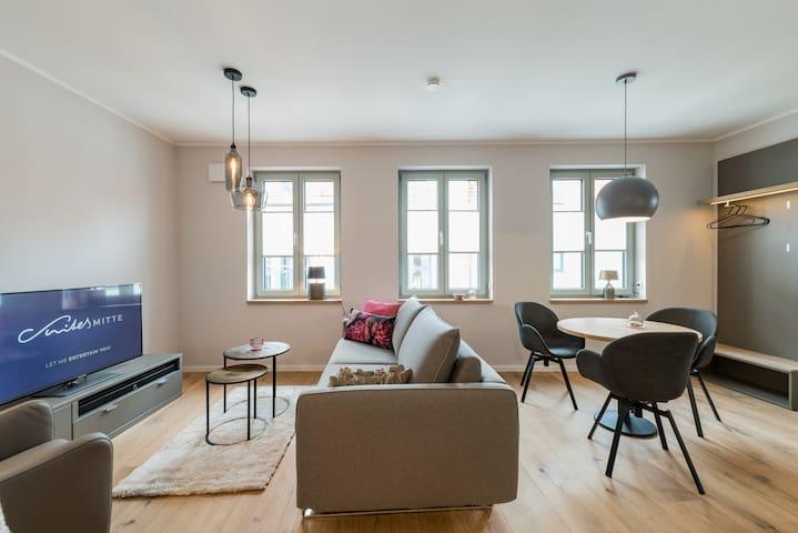 """Suites MITTE Design Apartment """"Side 1"""""""