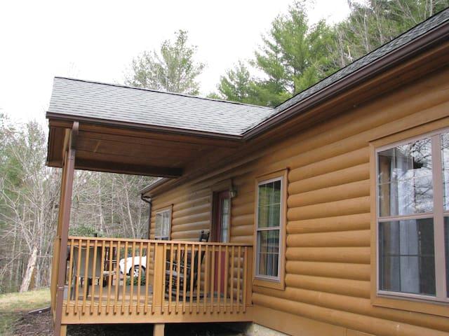 Log Cabin on New River