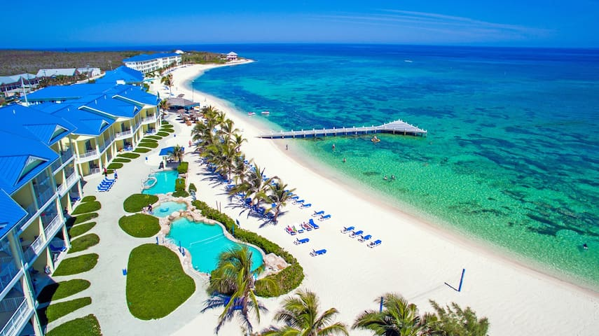 Breathtaking Beachfront Grand Cayman Island Studio