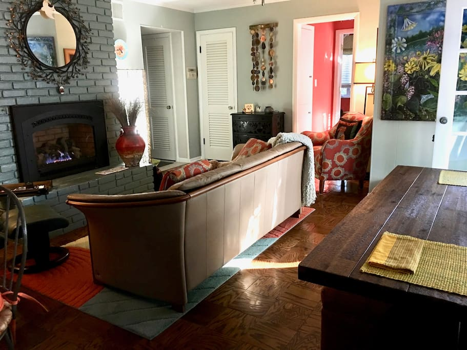Family/dining room, kitchen
