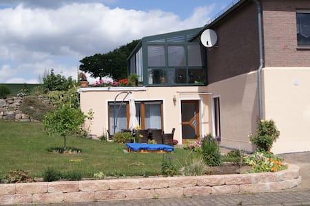 """Ferienwohnung""""Im Alftal"""" Bleialf - Bleialf - Apartment"""