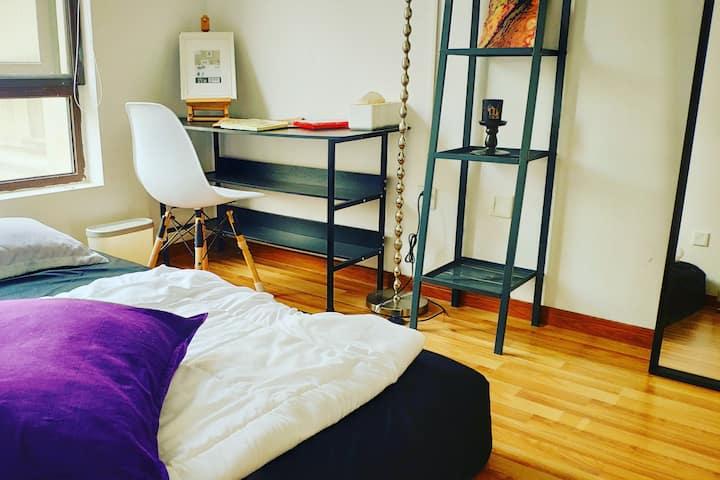 别墅:黑色能量|LGBT|女性|大床房|ins北欧|青年空间|沉浸式独处|艺术感|七号线美兰湖地铁站